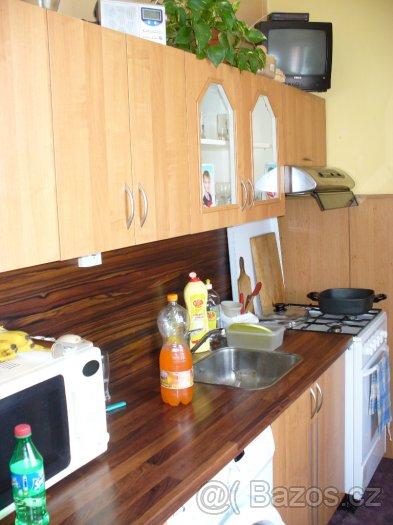 Pracovní deska kuchyňské linky