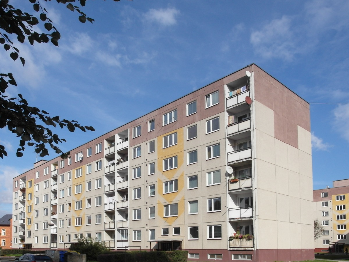 Pohled na panelový dům